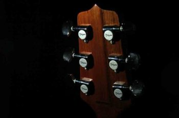 guitar-tuners-headstock-close-up