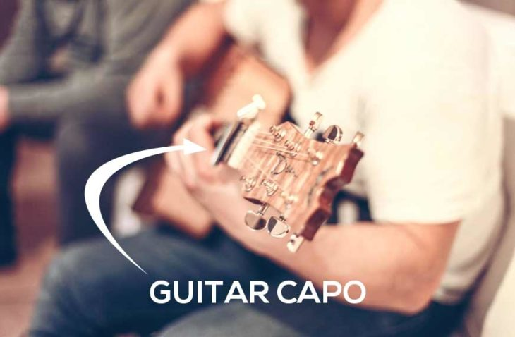 picture-showing-a-guitar-capo-in-use